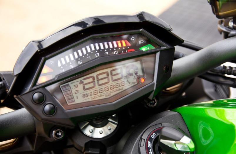 Itens de Série Kawasaki Z1000