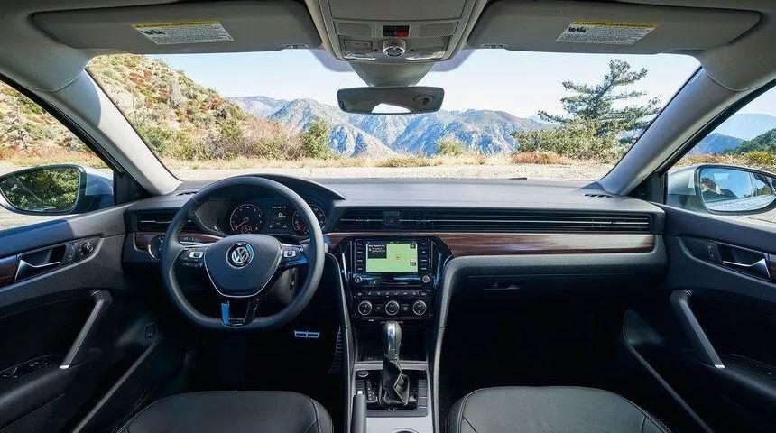 Itens de Série VW Passat 2021
